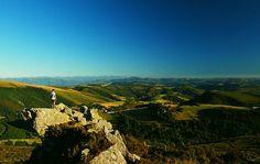 Desde lo más alto de la Bobia en Los Oscos allí dónde casi se tocan las nubes... un Paraíso Natural  Foto: Pablo López