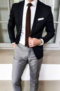 10 Common Men's Style Mistakes to Avoid - You are in the right place about Me Blazer Outfits Men, Mens Fashion Blazer, Stylish Mens Outfits, Suit Fashion, Fashion Outfits, Fashion Blogs, Casual Outfits, Mode Costume, Gentleman Style