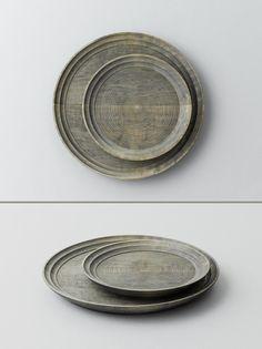 Noma | Serving Tray | maple wood | w 35 x h 3, w 25 x h 3 | design by Masashi Ifuji
