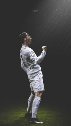 Cristiano Ronaldo.  Lock screen.