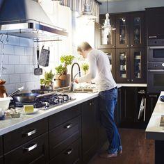 Küchenrückwand ikea  Typische Einrichtungsfehler in der Küche: Zu viele geschlossene ...