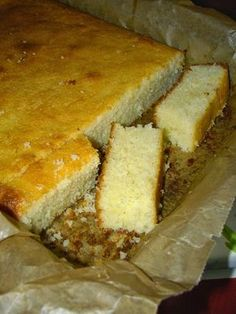 am pus-o in cuptor si cand mi-am aruncat privirea Romanian Desserts, Romanian Food, No Cook Desserts, Dessert Recipes, Cake Cookies, Cupcake Cakes, Sugar Free Recipes, Sweet Tarts, Fun Cooking