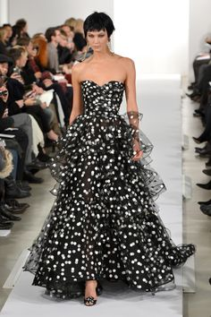 Ladylike designs and pert pixie cuts were the order of the day at Oscar de la Renta.