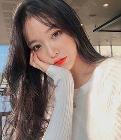 something special ♡ Korean Beauty Girls, Pretty Korean Girls, Cute Korean Girl, Pretty Asian, Beautiful Asian Girls, Asian Beauty, Ideal Girl, Ulzzang Korean Girl, Uzzlang Girl