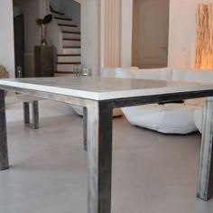 Le mobilier en b ton cir table beton pinterest - Tafel met chevet ...