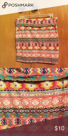 Energie fun mini skirt-large Cute print mini skirt stretchy material. Large energie brand skirt Energie Skirts Mini