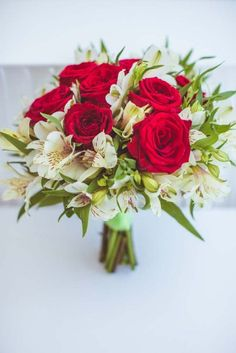 Canada's Most Beautiful Bouquets For 2014 Prom Flowers, Bridesmaid Flowers, Bridal Flowers, Wedding Bouquets, Flower Arrangements Simple, Floral Centerpieces, Wedding Centerpieces, Romantic Wedding Colors, Floral Wedding