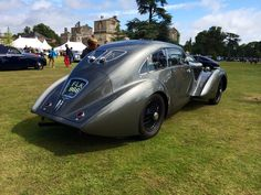 Beeeeautiful old Bentley coupe I saw at the recent Wilton House Classic & Supercar (Sun 10th Aug. 2014). Want!