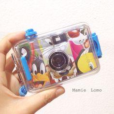 Looney Tunes waterproof camera