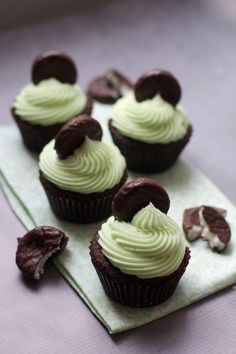 Peppermint Patty Cupcakes via The Baker Chick