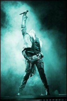 Adam Lambert - ROCK GOD