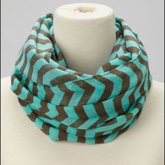 Turquoise & Brown chevron infinity scarf Cute Turquoise & Brown Chevron infinity scarf! Accessories Scarves & Wraps