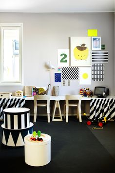 I love finding new ideas on StuffDOT! This room is so cute that I want to play in here too! http://www.stuffdot.com/index.php?tid=beaf8f9ca0e0ef24dbb15e9aef5dc2fa