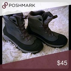 Columbia winter hiking boots Thick hiking boots for extreme winter weather. Columbia Shoes Winter & Rain Boots