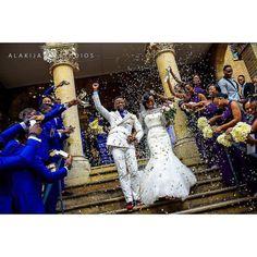I love the blue suits for the groomsmen #alakijastudios #nigerianwedding #londonweddingphotographer #munaluchibride #wedding