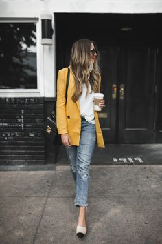 Wearing Yellow for Fall 2017 | The Teacher Diva: a Dallas Fashion Blog featuring Beauty & Lifestyle