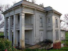 Decaying Mansion | Abandoned Plantation