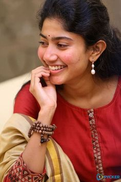 Sai Pallavi hot images and semi nude photos from latest photoshoots are sensational. Here are the hot pics of ​Sai Pallavi in bikini, saree, and jeans. Indian Actress Photos, Bollywood Actress Hot Photos, Actress Pics, Beautiful Bollywood Actress, Beautiful Indian Actress, Beautiful Actresses, Beautiful Heroine, Star Beauty, Beauty Full Girl
