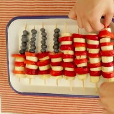 Need something to take to a 4th of July party or BBQ? Here are a few easy, quick and festive ideas!