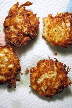 sauerkraut latkes...sure sounds like something my mom would have made...so I'm calling it Polish