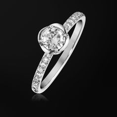 プラチナ製ダイヤモンド付きエンゲージリング- ピアジェ G34UR300