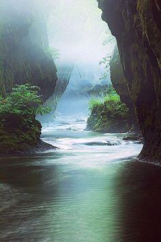Beautiful, Tarumae Gorge, Hokkaido, Japan   11 Top Destinations To Escape From Reality
