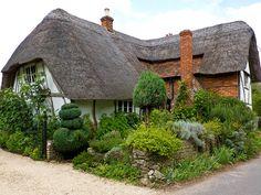 Cruck Cottage by Jeff R Parker, via Flickr