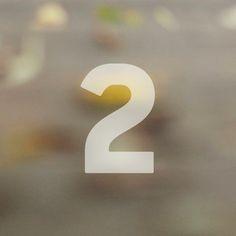 """Felix Adventskalender, Türchen 2: Heute zu gewinnen: ein handsigniertes Exemplar seines Buches """"Natürlich sein"""". Viel Glück!!   http://on.fb.me/1HHAQzi #adventskalender #felixklemme #extremschwer #natürlichsein #ernährung"""