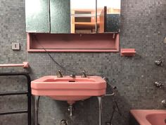 """The pink bathroom in the Casa Curutchet, Le Corbusier 1949-53"""