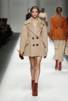 Fendi Fall/Winter 2015 Fashion Show - Look 25