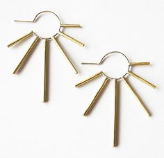 Edgy burst earring two tone brass with silver por leahstaley