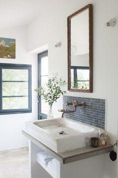 Decor blog with beautiful home decor, interior design inspiration, decorating ideas, farmhouse style, DIY, and lifestyle.