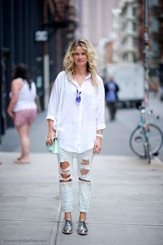 Baggy ripped jeans + metallic oxfords = business casual slacker punk?