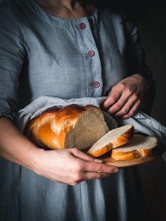 Vianočka aj brioška - maslové cesto z kvásku - Zo srdca do hrnca Pork, Turkey, Bread, People, Hampers, Brioche, Kale Stir Fry, Turkey Country, Brot