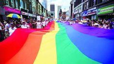 彩虹覆盖多伦多 200万人庆同性恋自豪节——加拿大新闻 多伦多新闻—约克论坛