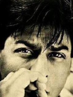 Shahrukh Khan those eyes! Bollywood Stars, Shahrukh Khan Raees, Srk Movies, Sr K, King Of Hearts, Star Wars, Indian Celebrities, Big Love, Movies To Watch