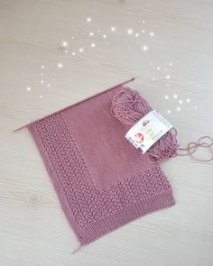 Christmas Stockings, Needlework, Valentines Day, Elsa, Diy Crafts, Knitting, Holiday Decor, Instagram, Karma