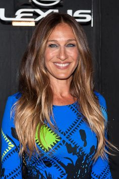 11 Celebs Who Are Way Older Than You Think They Are Sarah Jessica Parker Balliage Hair, New Hair, Brunette Ombre, Brunette Hair, Blonde Hair, Bright Red Hair, Brown Hair Colors, Hair Colour, Sarah Jessica Parker Haare