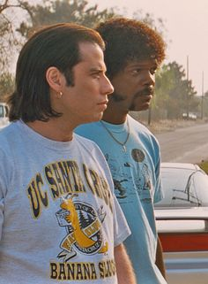 John Travolta & Samuel L. Jackson in Pulp Fiction 90s Movies, Iconic Movies, Great Movies, Movie Stars, Movie Tv, Indie Movies, Movie Scene, Films Cinema, John Malkovich