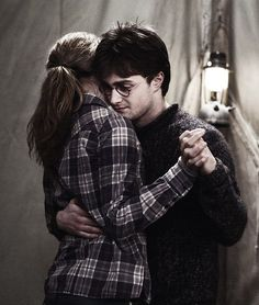 Harry Potter & Hermione Granger. it should have been them, shouldn't it? Do you not feel sad looking at this picture?