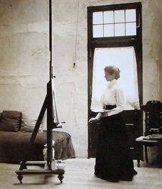 "unefemmediscrete: ""  Violet Oakley in his studio, ca. 1903 """