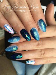 Gel Brush Aviator + Mirror Effect Foil + ombre Aviator + Mr.White z dodatkiem Efektu Szmaragdowego w stylizacji by Kinga Starzomska #nails #nail #mirror #effect #emerald #mermaid #foil #ombre