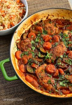 Mmmm - and healthy! Slimming Eats - Moroccan Chicken Casserole - Gluten Free, Dairy Free, Paleo, Slimming World, Weight Watchers friendly Slimming World Dinners, Slimming Eats, Slimming World Recipes, Slow Cooker Recipes, Cooking Recipes, Healthy Recipes, Budget Cooking, Budget Meals, Cooking Ideas