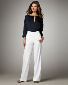 Flowy white linen pants to beat the Indian Summer. Structured enough to suit any occasion