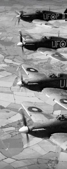 601 Sqn 'County of London' Ww2 Aircraft, Aircraft Carrier, Military Helicopter, Military Aircraft, Great Britan, Hawker Hurricane, Ww2 Planes, Battle Of Britain, Fighter Pilot