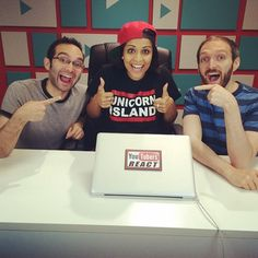 llSuperwomanll on YouTubers react (finally, am I right?!) posing with the FineBros