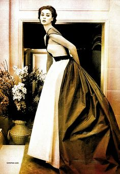 Suzy Parker wearing Dior for Vogue, 1952.