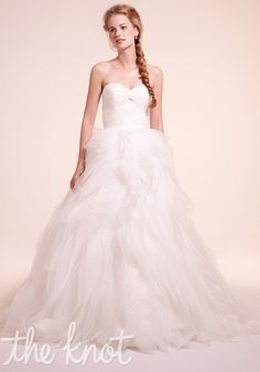 Alita Graham (Sweetheart Ball Gown in Lace, sweetheart neckline w/ a basque waist in organza & chapel train) $1500-3000