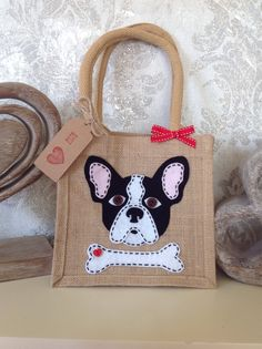 Items similar to French Bulldog gift, felt motif jute lunch bag/gift bag. Birthday/christmas on Etsy Jute Lunch Bags, Jute Bags, Burlap Bags, Diy Bags From Old Clothes, Chicken Quilt, French Bulldog Gifts, Embroidery Works, Hand Applique, Patchwork Bags