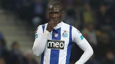 Eliaquim Mangala: Man City sign Porto defender for £32m Manchester City have signed defender Eliaquim Mangala from Porto for a fee thought to be about £32m.